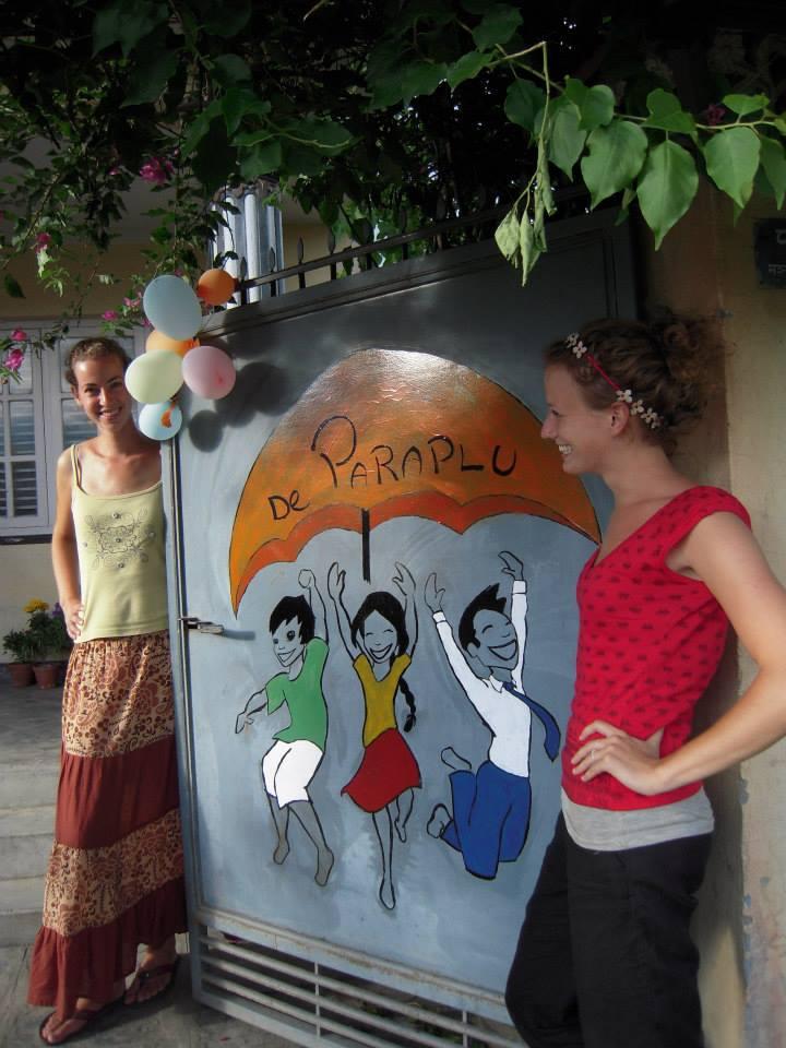 Umbrella Holland - Inger and Irene